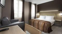 Hotel des Pavillons Paris Triple Room