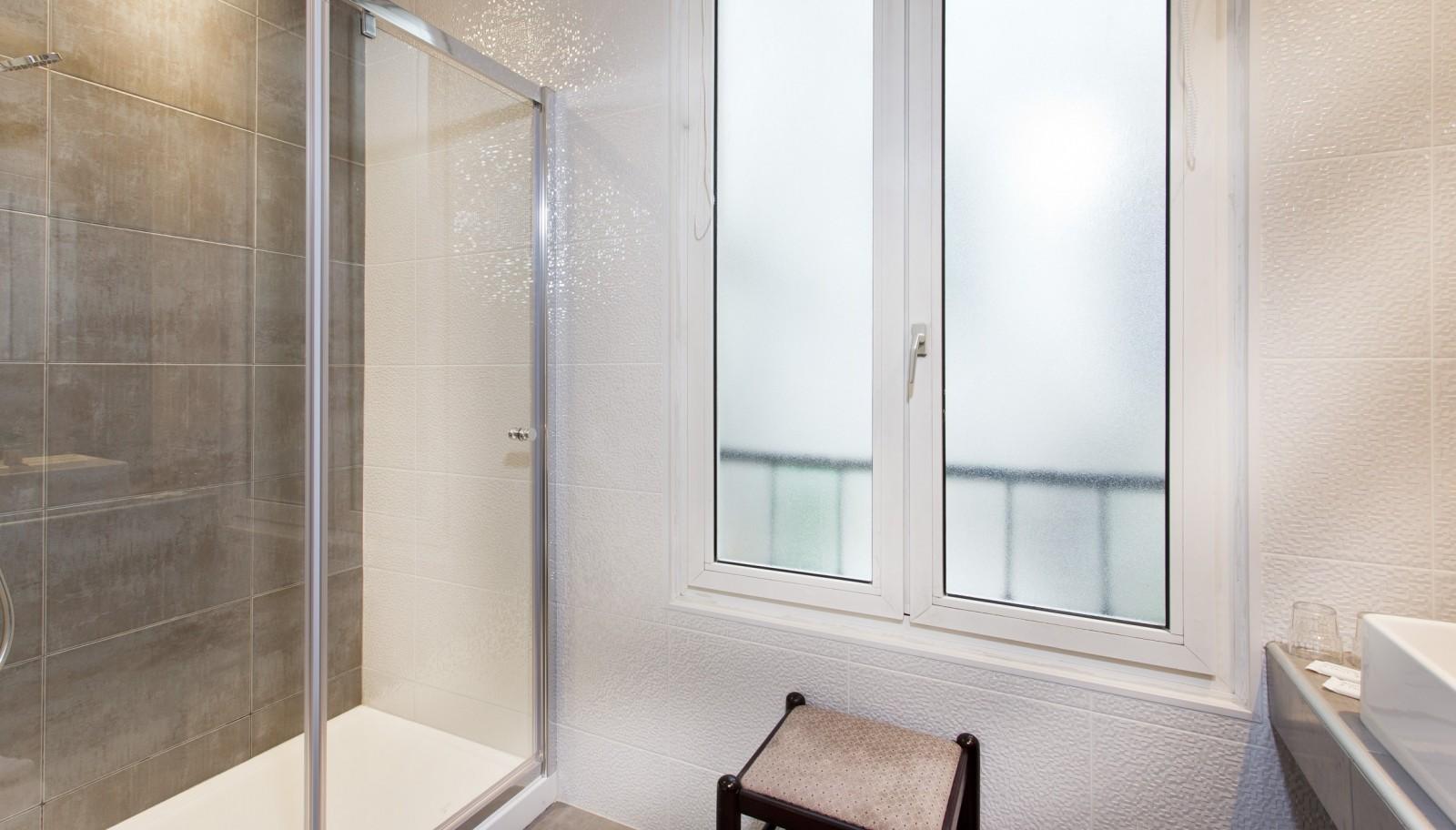 H tel des pavillons paris hotel palais des congr s for E mobilia paris